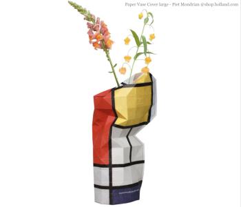 Paper Vase cover Large - compositie in rood door Mondriaan bij shop.holland.com